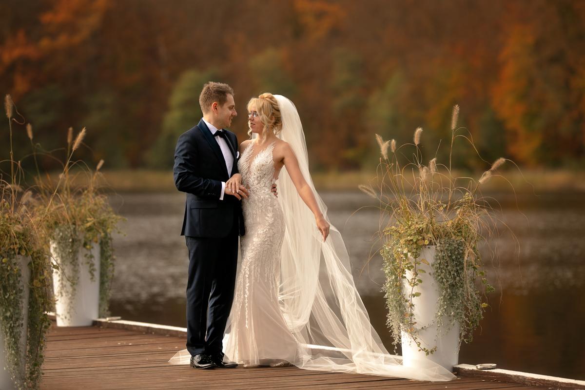 sesje ślubne Gdańsk, fotograf ślubny Gdańsk, Foto Baśnie, fotografia ślubna, plener ślubny, jesienne sesje zdjęciowe, para młoda